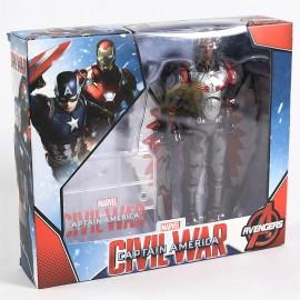 Marvel Avengers (Bosszúállók) -  Sólyom akciófigura a Disney Marveltől 18 cm-es változatban ( új )